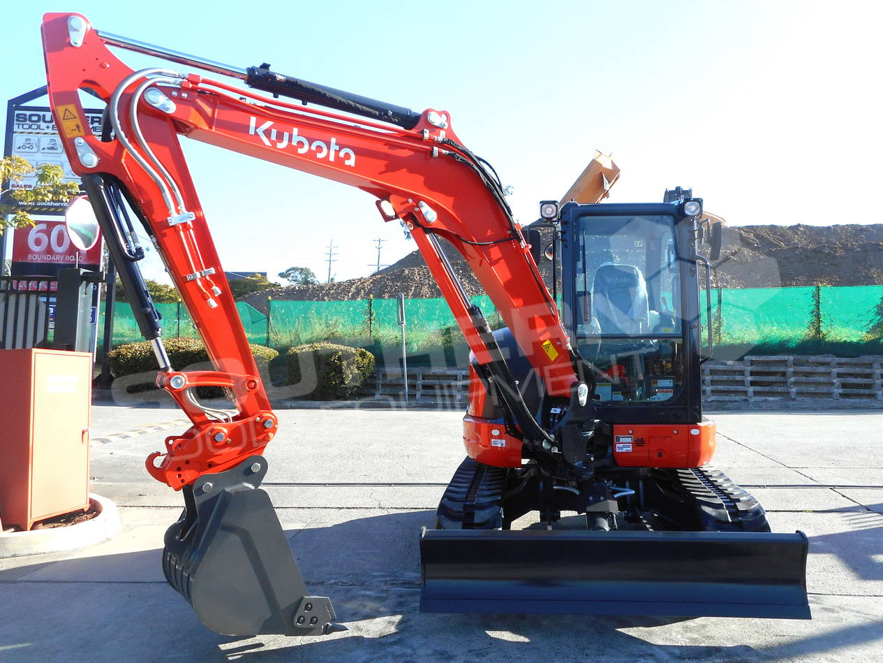 #2291 Brand New Kubota KX57 full