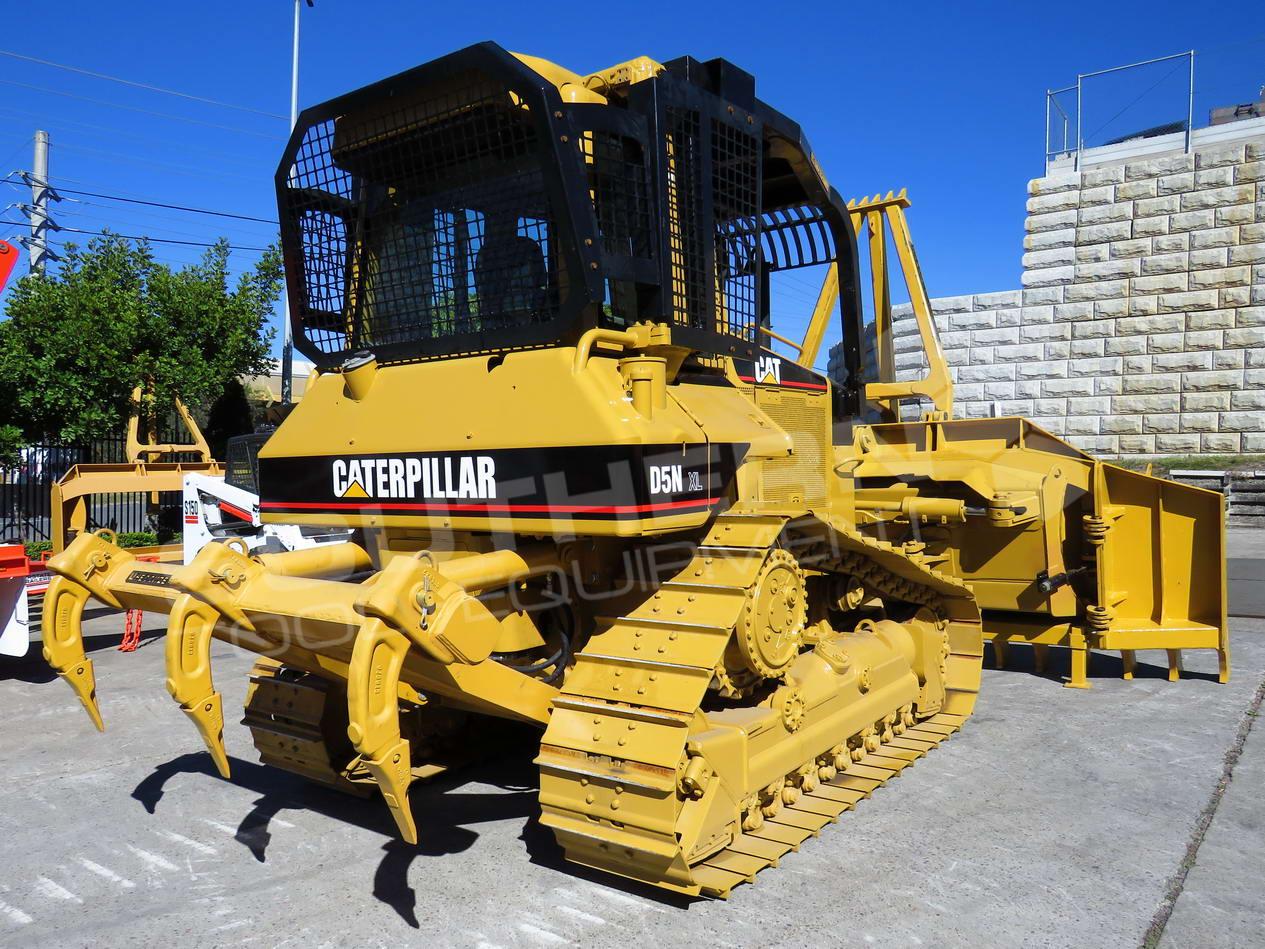 2281R Caterpillar D5N XL Bulldozer with Stick Rake